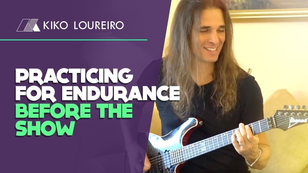 Practicing for endurance before the show [legendado]